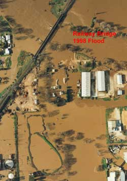 Railway Bridge 1998 Floods